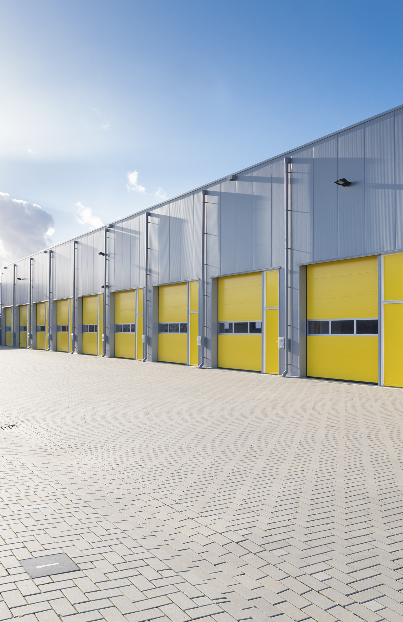 Finding a Commercial Warehouse Space for Lease in Brisbane